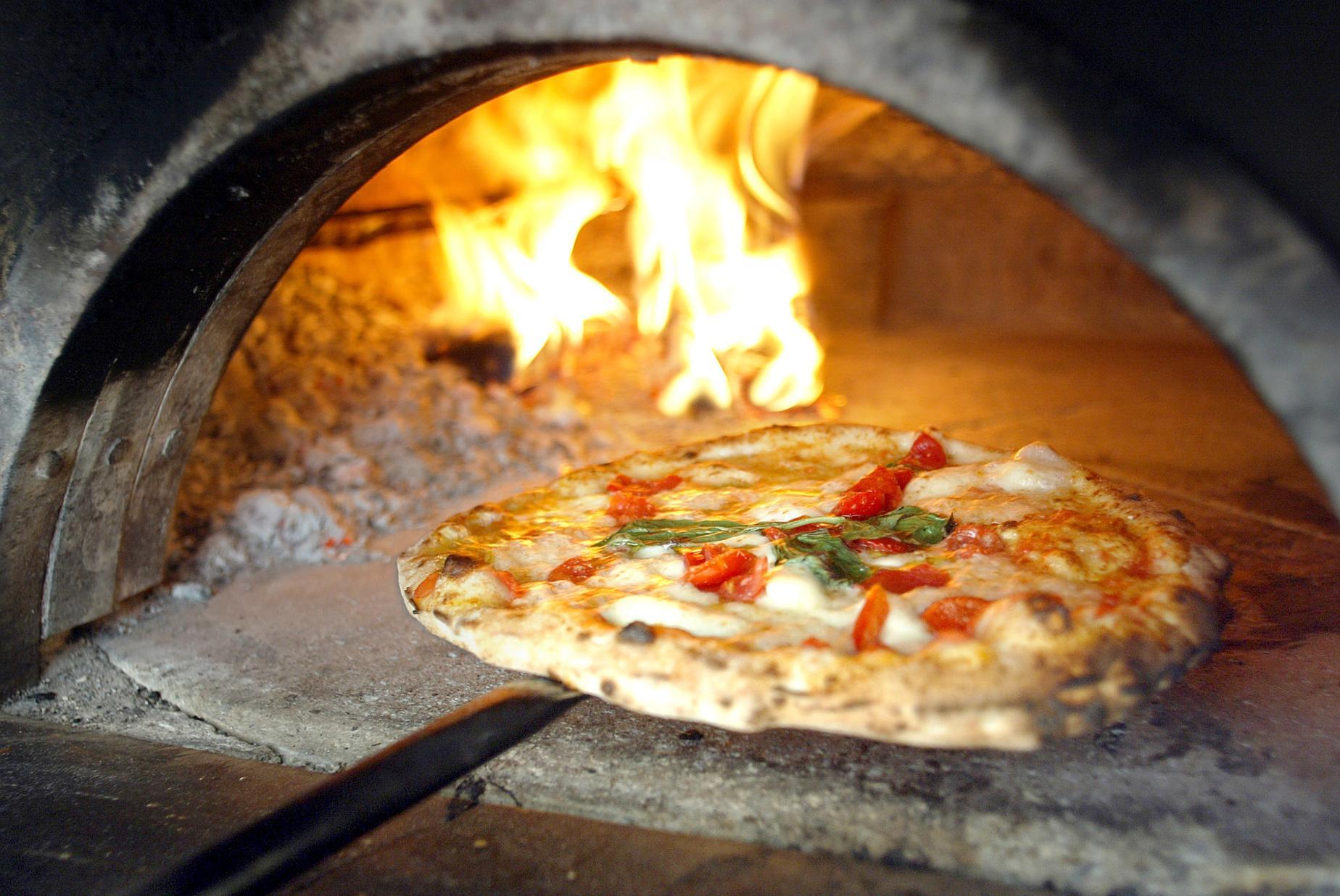 Resultado de imagen para pizza hoven